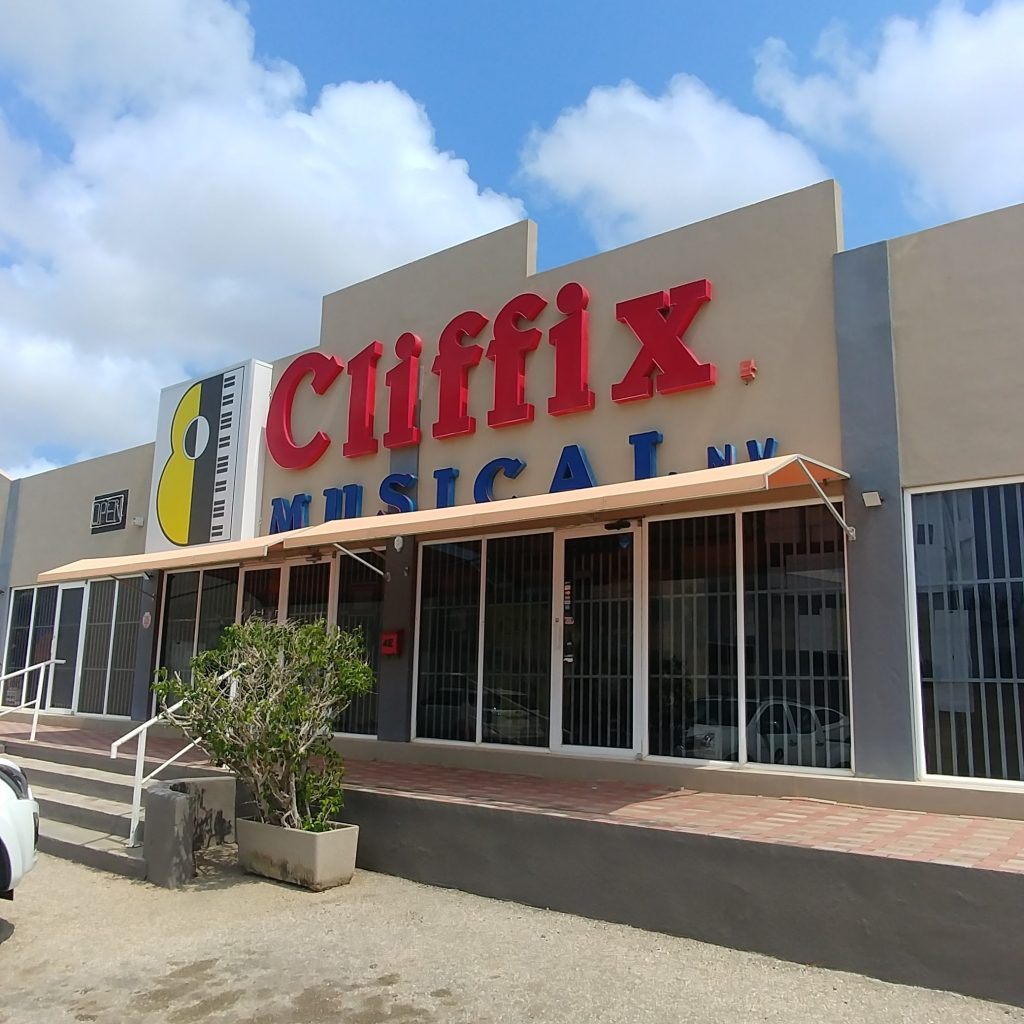 Cliffix Musical - Music Store Aruba